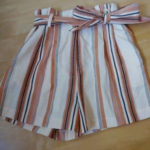 H&M Paperbag shorts